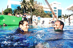 'Tubelight' Team Praise Salman Khan's Swimming Skills