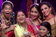 &TV Ladies' Musical Kheer Making!