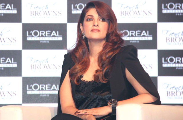Twinkle Khanna's Reaction To Kangana's Nepotism Comment