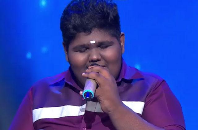 Vaishnav Girish Sings Tumhein Apna Banane Ki Kasam Khai Hai Sa Re Ga Ma Pa Lil Champs 2017 - September 16, 2017 | ZEETV