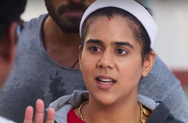 Villagers Oppose Komal's Wrestling - Badho Bahu | &(AndTv)