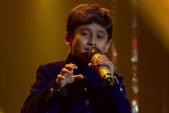 Vishanav & Shreyan Sing Chaiyya Chaiyya Sa Re Ga Ma Pa Lil Champs 2017 - October 14, 2017 | ZEETV