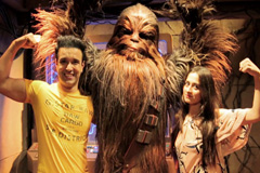 Watch The Fascinating Disneyland Of Hong Kong With Aamir-Sajeeda | Discover Hong Kong | Zing TV