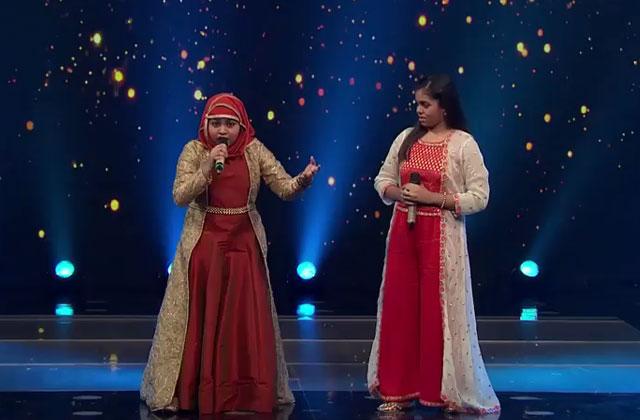 Yumna & Shanmukhapriya Sing Sajnaji Vaari Vaari Sa Re Ga Ma Pa Lil Champs 2017 - October 14, 2017 | ZEETV