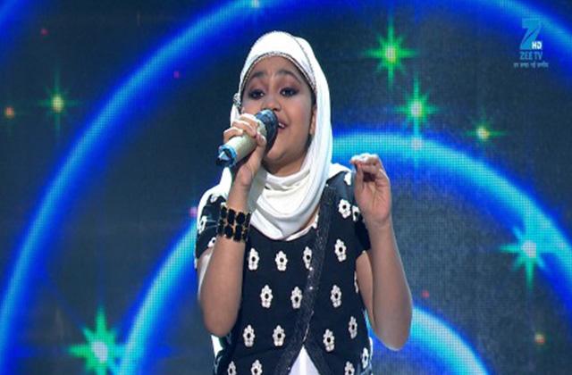 Yumna Ajin Singing Tadbeer Se Bigdi Hui - Sa Re Ga Ma Pa Lil Champs 2017 - June 18,2017 |ZEETV