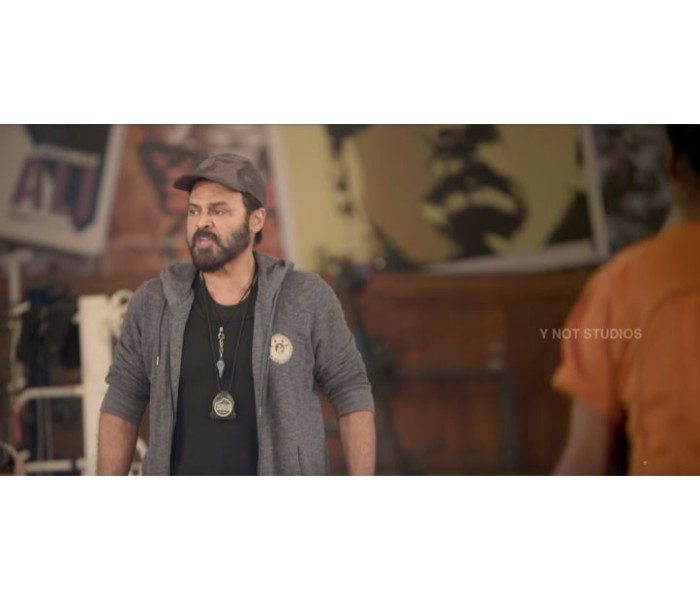 venkatesh �guru� movie watch photo of zee cinemalu full