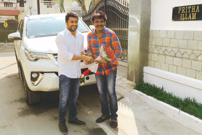 surya-dgifted-car-to-hari