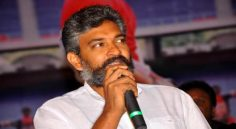 Rajamouli to release Chiru's 151 Motion Poster