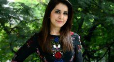 Raashi Khanna in Temper Remake