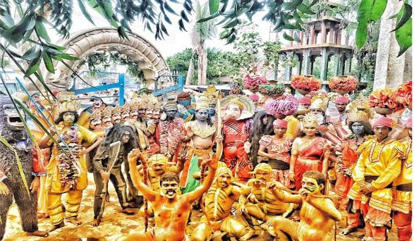 డిఫరెంట్ సాంగ్ మేకింగ్ లో 'రంగస్థలం'