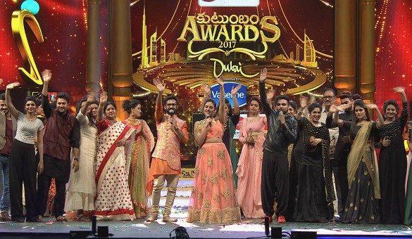 Zee Kutumbam Awards To Be Telecast Today   Watch News of Zee