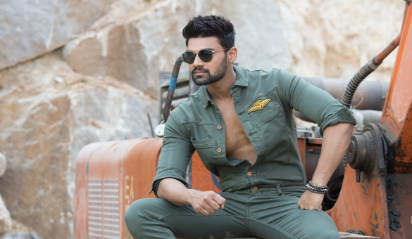 Bellamkonda Srinivas with Catherine ?