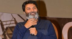 Trivikram Praises NTR In Aravinda Sametha Success Meet