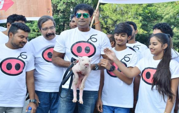 'Adhugo' Team 'Pandi Tho PaadaYathra'