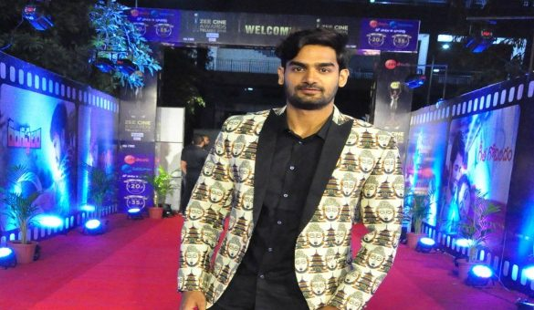 Karthikeya @ Zee Cine Awards Telugu 2018   Watch Photo of