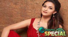 Keerthy Suresh Debut In Bollywood
