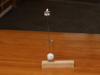 BALANCING CANDLE STAND