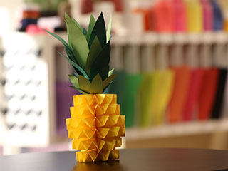 PAPER PINEAPPLE