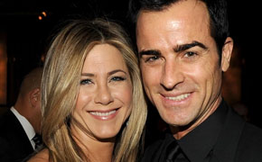 Jennifer Aniston leaves Mom out of wedding list!