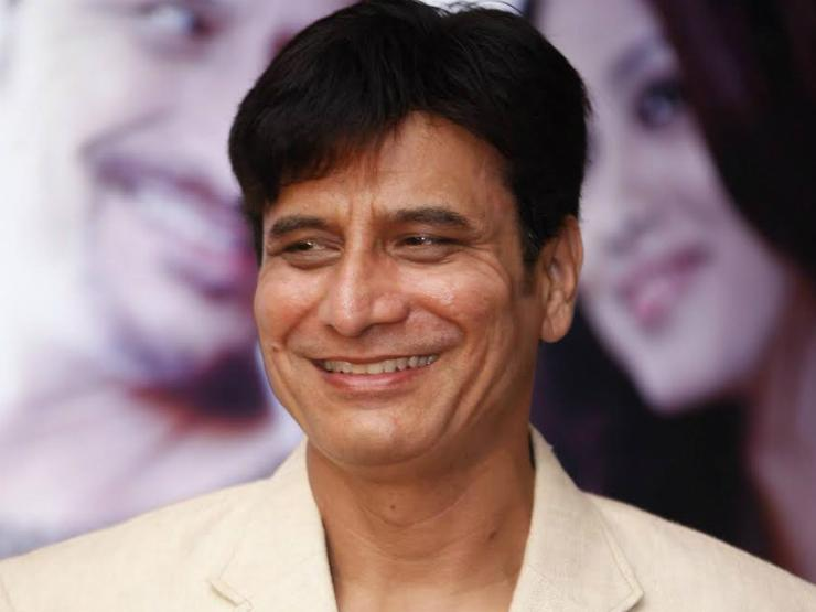 Sandeep Kulkarni to play Jyotiba Phule in a biopic titled 'Satyashodhak'