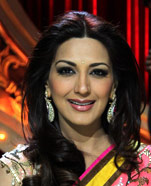 Sonali Bendre as Judge