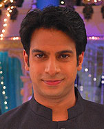 Karan Mehra as Naren Shirish Karmarkar