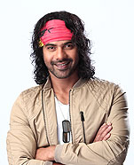 Shabbir Ahluwalia as Abhi