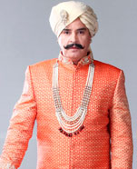 Akshay Anand as Chandravardan Singh Deo