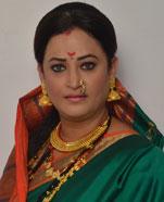 Rinku Karmarkar as Kamla Taayi