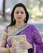 Parvati Sehgal as Tanishka (Taani)
