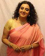 Deepti K as Mona Bua