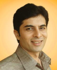 Darshan Pandya as Aditya Verma