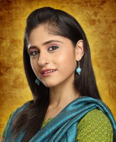 Hunar Halli as Mili Sethi