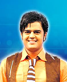 Manish Paul as Manish Paul