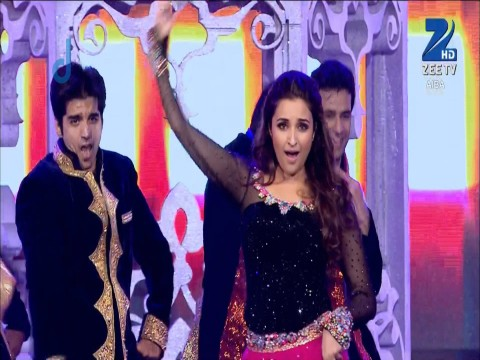 Parineeti Chopra - Performance - July 26, 2015