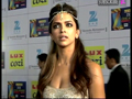 Deepika Padukone Dazzles On Red Carpet