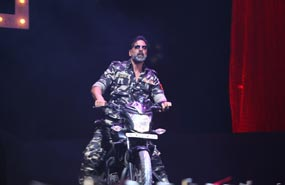 Akshay Kumar's Action-packed Performance