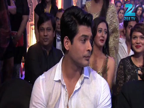 Siddharth Shukla Wins Most Fit Actor Male Award