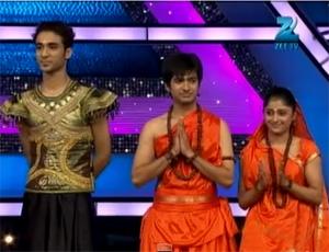 Raghav, Sneha and Neerav Perform Ramayan Katha