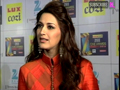 Sonali Bendre With Husband On Red Carpet
