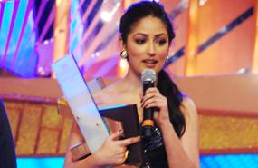 Yami Gautam Wins Best Debutante