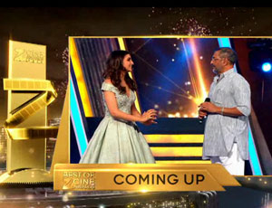 Watch Parineeti Make Nana Patekar Dance On Zee Cine Awards 2016