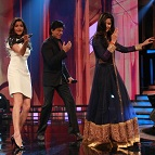 Shah Rukh Khan, Katrina Kaif & Anushka Sharma dazzled by the talent on 'Sa Re Ga Ma Pa 2012'