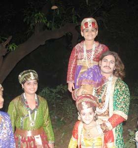 Rajat Tokass New Friends On The Sets - ZEE TV News