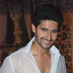 Ravi Dubey to the rescue!